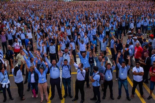 Cerca de 4 mil trabalhadores da fábrica da GM em São José dos Campos participou da votação que aprovou a proposta da montadora (Foto: Reprodução/Sindicato do Metalúrgicos de São José dos Campos e região)