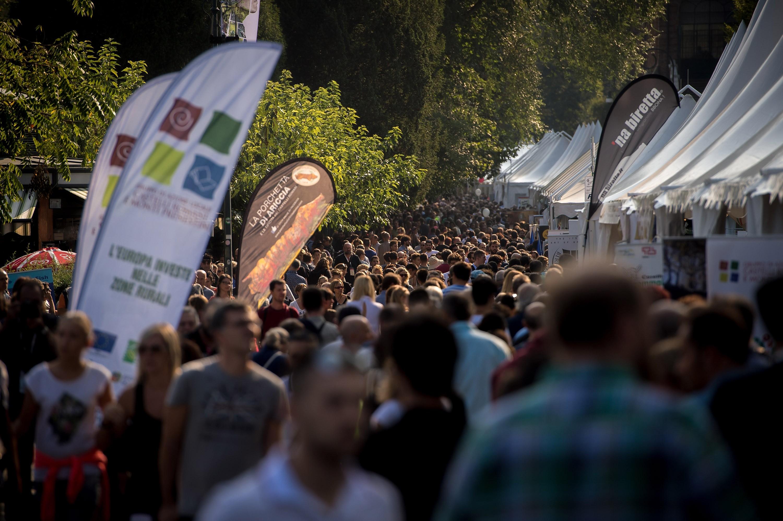 A delegação do Slow Food Brasil inclui cerca de cem pessoas