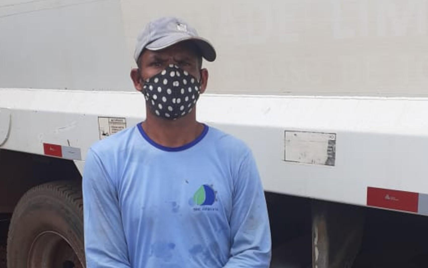 Coletor de lixo ofendido por moradora enquanto trabalhava desabafa: 'Me senti humilhado'