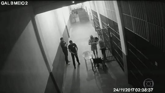 Perícia que apura agressão a Garotinho revela que câmeras do presídio foram desligadas