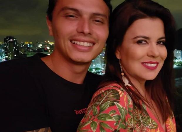 Mara Maravilha e o namorado, Gabriel Torres (Foto: Reprodução/Instagram)