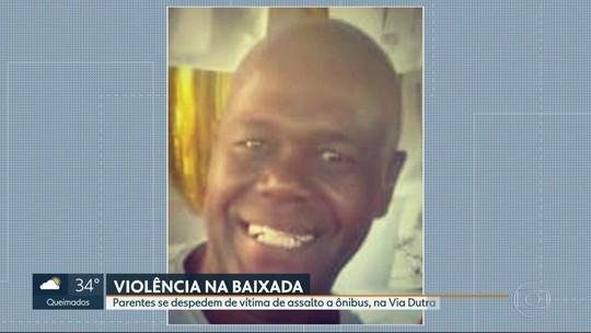 Morto em assalto a ônibus na Baixada Fluminense é enterrado