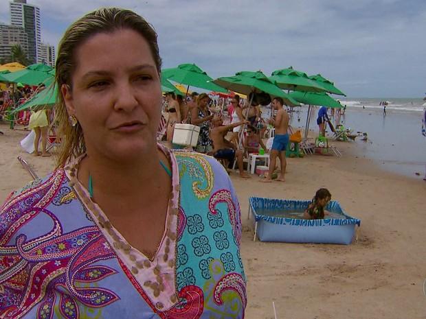 Faltam salva-vidas e equipamentos na orla do Recife, diz associação  (Foto: TV Globo/Reprodução)