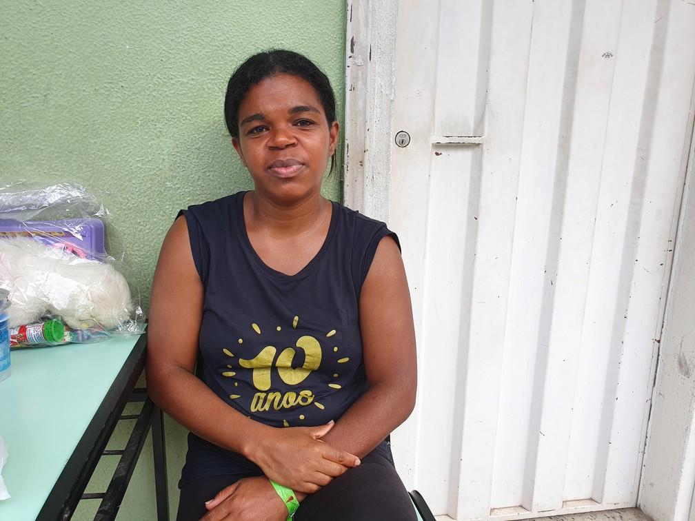 Lucilene Reis está no abrigo em Contagem por conta da instabilidade no Morro dos Cabritos — Foto: Gabriela Sarmento/G1