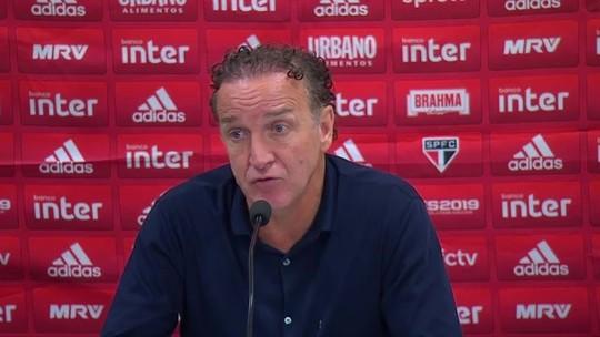 """""""Raiva enorme"""": Cuca lamenta gol precoce sofrido pelo São Paulo e tabu mantido em Itaquera"""