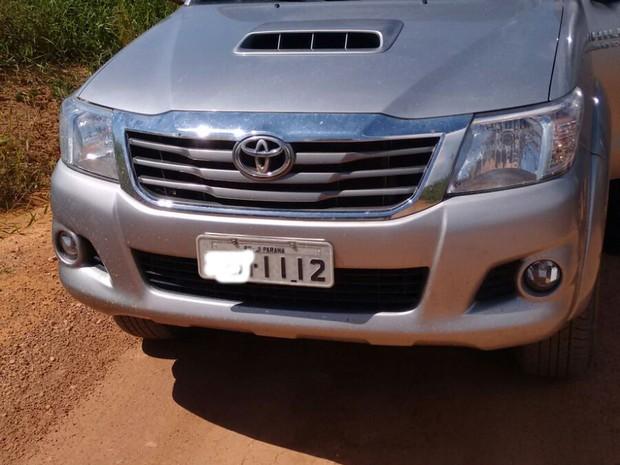 Motorista tentou furar bloqueio, mas foi cercado (Foto: Roni Costa dos Reis/ Arquivo Pessoal)