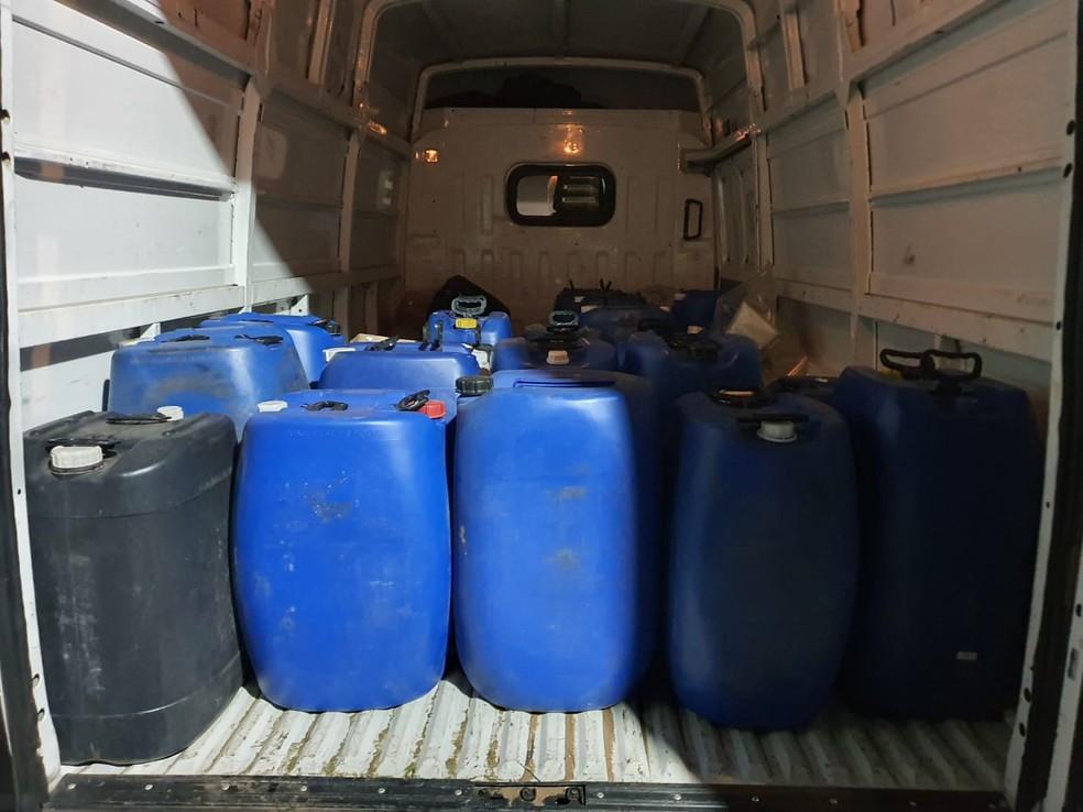 Dise de Casa Branca apreende cerca de 260 kg de entorpecentes em São José do Rio Pardo. — Foto: Dise de Casa Branca/Divulgação