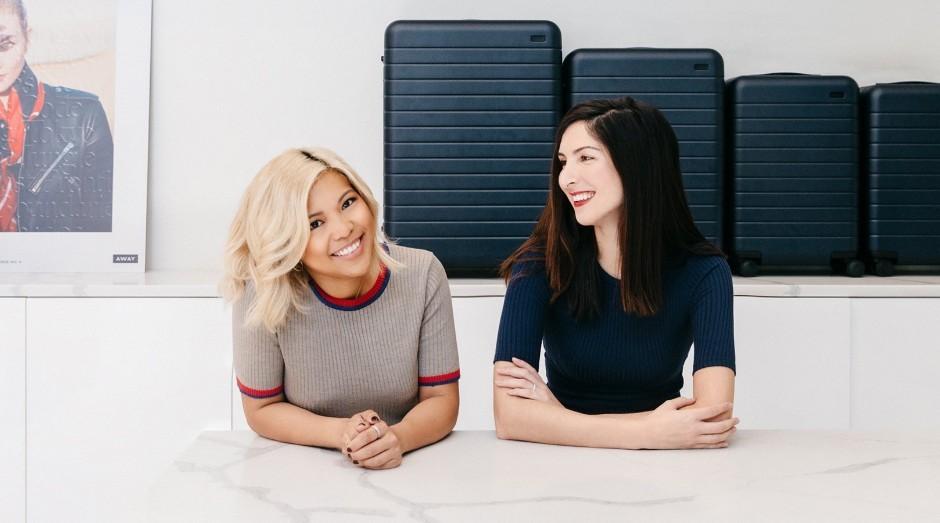 Jen Rubio (esquerda) e Steph Korey, fundadoras da Away (Foto: Divulgação)