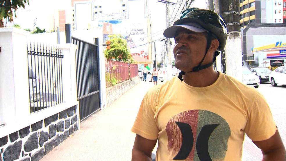 Richard Neves foi atropelado por uma moto em Vila Velha — Foto: Reprodução/TV Gazeta