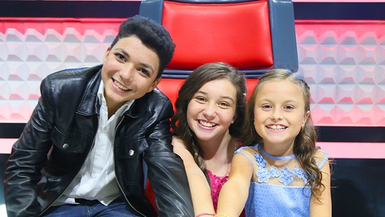 'The Voice Kids': Pérola Crepaldi, Rafa Gomes e Wagner Barreto pedem votos na Final do programa