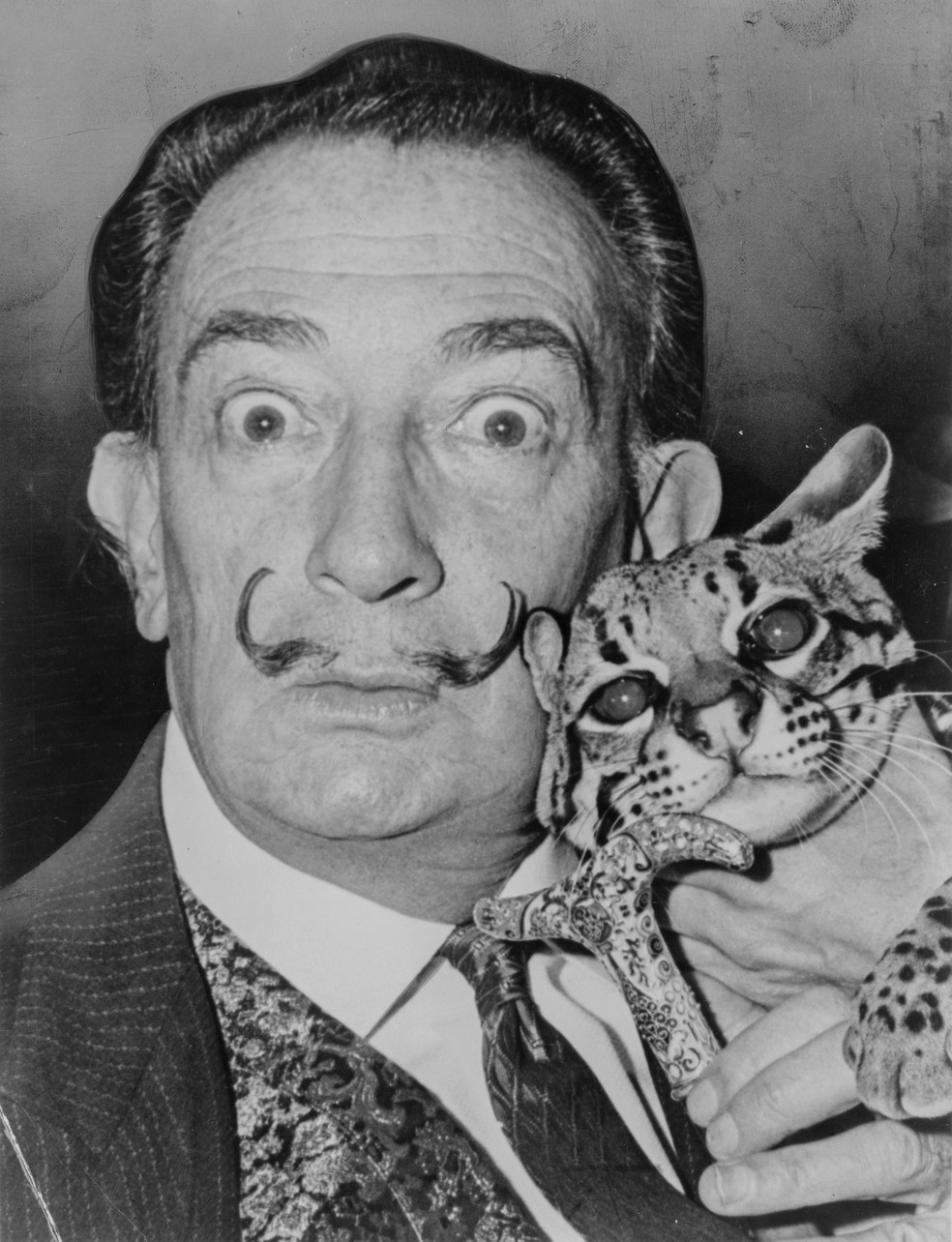 O pintor surrealista Salvador Dalí  (Foto: Roger Higgins/United States Library of Congress's Prints and Photographs division)