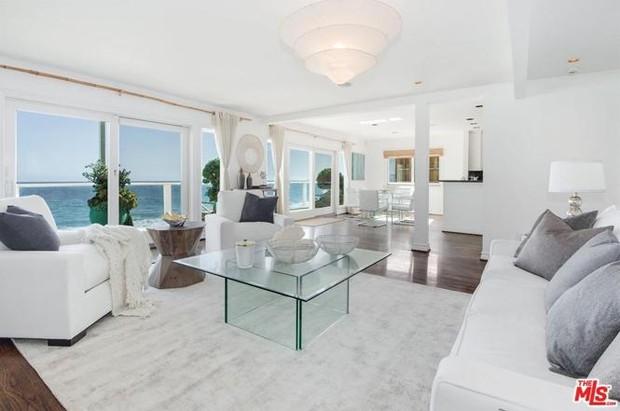 Jennifer Lopez coloca casa à venda por R$ 41 milhões (Foto: Reprodução / MLS)