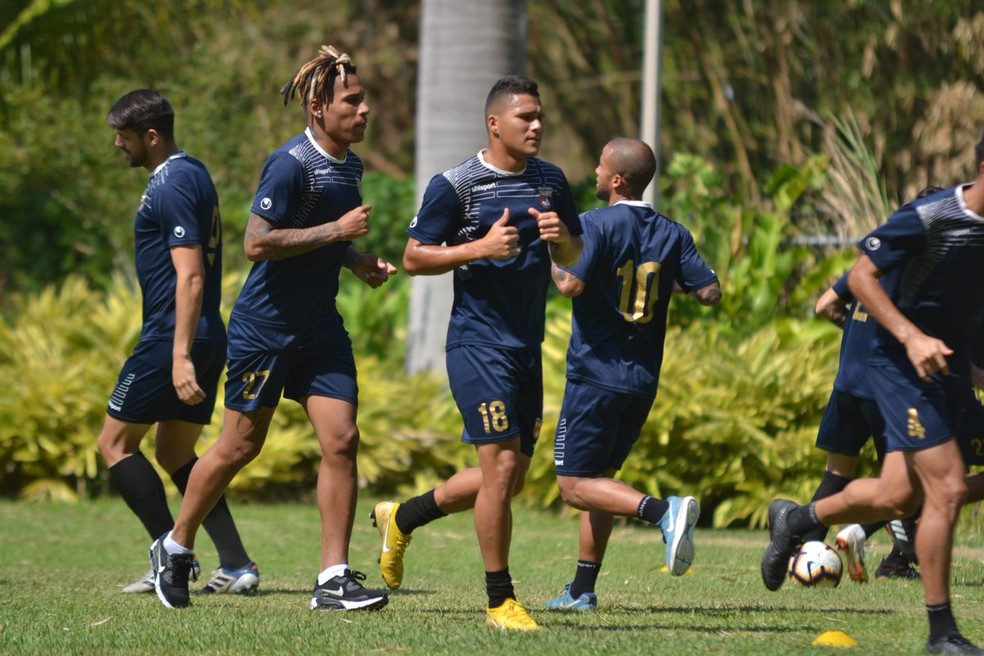Jogadores do Deportivo Lara durante treino nesta quarta-feira na Venezuela — Foto: Twitter/Deportivo Lara