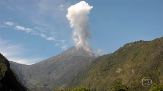 Equatorianos desenvolvem relação de respeito com vulcões