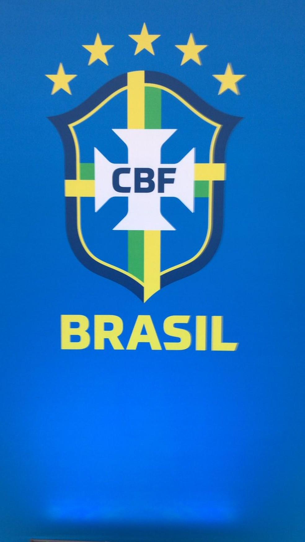 CBF apresentou novo escudo durante a posse de Caboclo — Foto: Divulgação