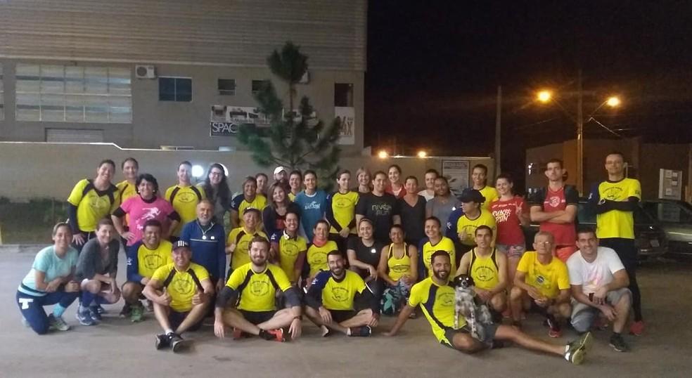 Edson José Gamero auxiliava na formação de corredores — Foto: Arquivo Pessoal