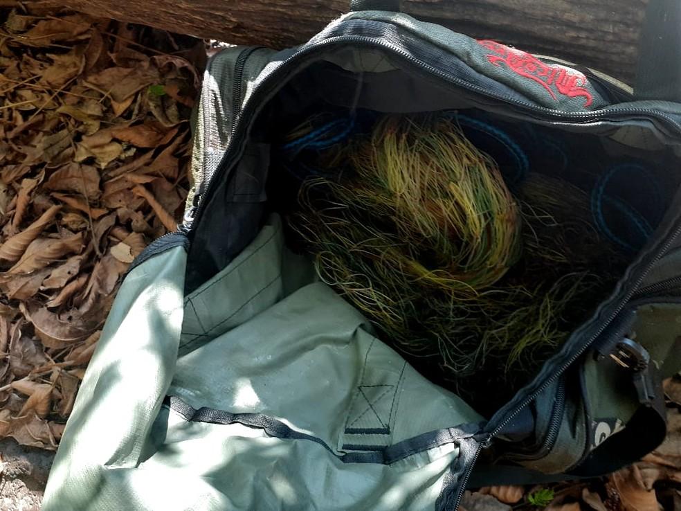 Polícia Ambiental apreendeu petrechos de pesca e animal silvestre abatido — Foto: Polícia Ambiental