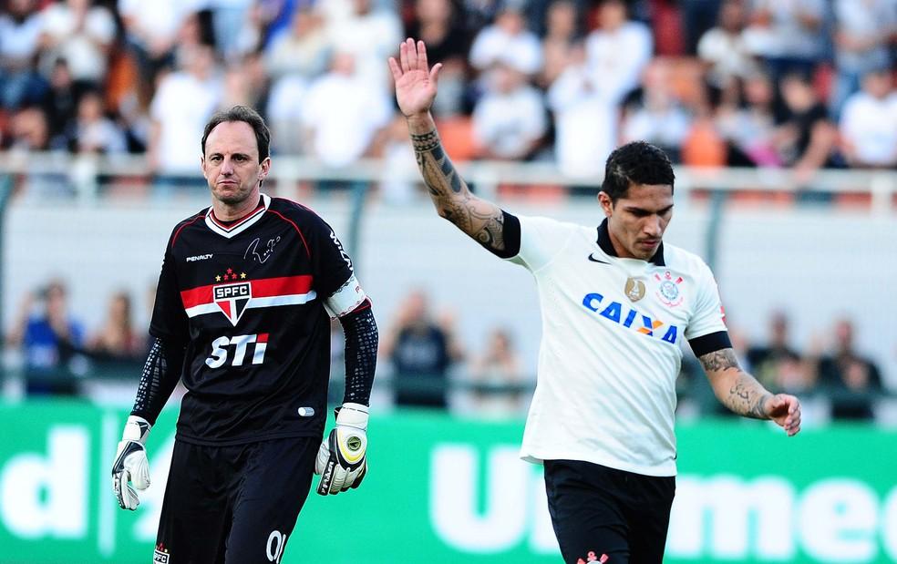 Guerrero teve bons momentos no Corinthians, inclusive contra o rival São Paulo — Foto: Marcos Ribolli / Globoesporte.com