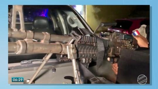 Dois são presos com metralhadora, 8 fuzis, pistolas e 850 munições no Paraguai, fronteira com o Brasil