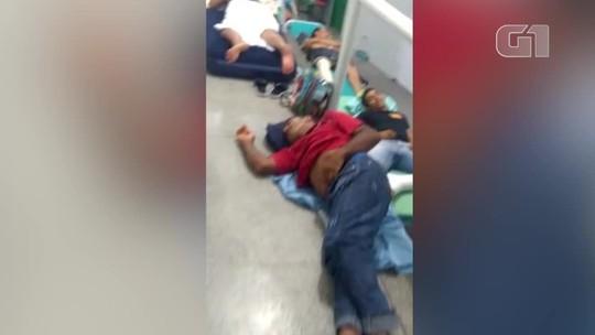 Vídeo mostra pacientes em macas e colchões improvisados no chão de hospital no Sul do Piauí