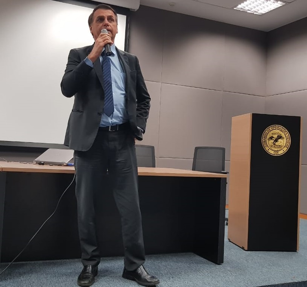 Bolsonaro discursa no Comando de Operações Táticas (COT) da Polícia Federal, localizado em Brasília. — Foto: Assessoria de imprensa do presidente eleito