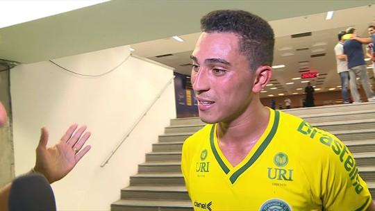 """Atacante do Ypiranga se emociona após jogar contra o Fluminense de Ganso: """"Saio de campo honrado"""""""