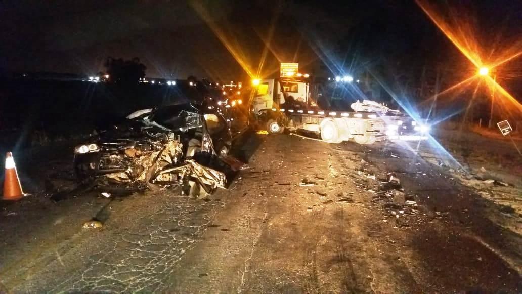 Ao menos 14 pessoas morrem em acidentes nas estradas de SC