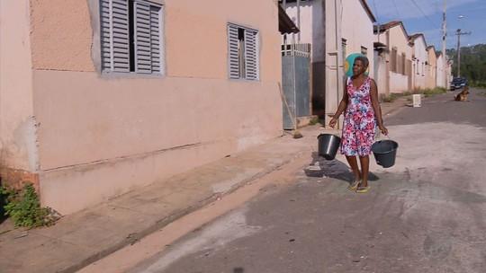 Moradores de pelo menos 5 cidades enfrentam falta de água no Sul de MG