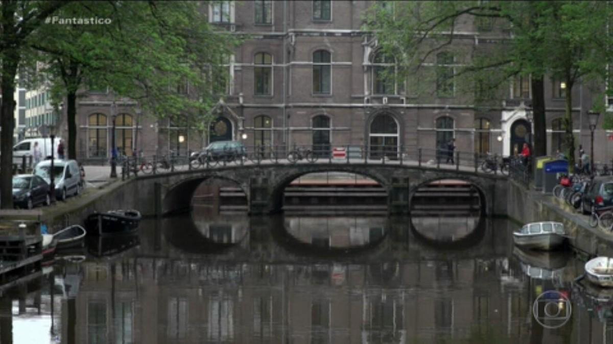 Amsterdã, uma das cidades mais famosas do mundo, está em obras para não afundar