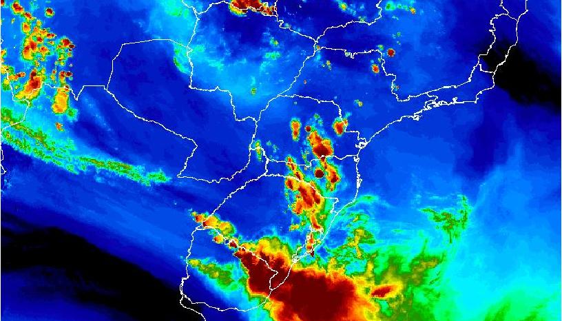 Defesa Civil alerta para temporal com risco potencial no Rio Grande do Sul