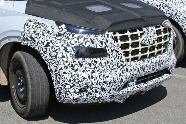 Faróis do novo SUV Hyundai e do Soul adotam luzes divididas (Foto: AutoMedia/Autoesporte)