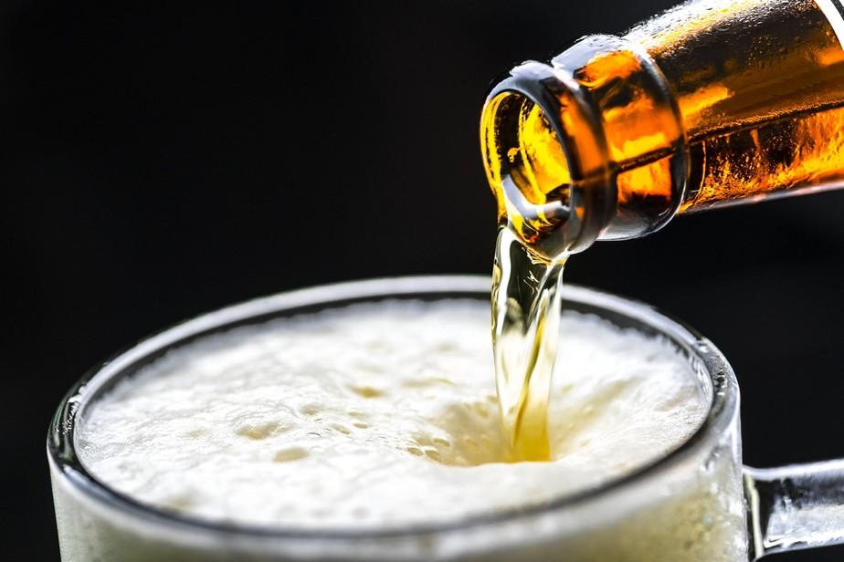 Mosquitos: beber cerveja aumenta o número de picadas