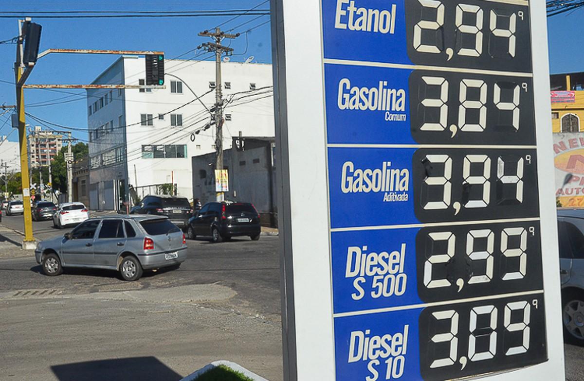 Preço da gasolina em Campos, RJ, teve redução no mês de outubro