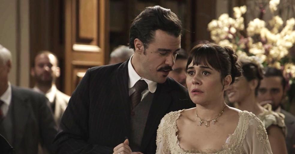 Olha a carinha dela! Está com medo de ser descoberta, né, Susana? ??? (Foto: TV Globo)