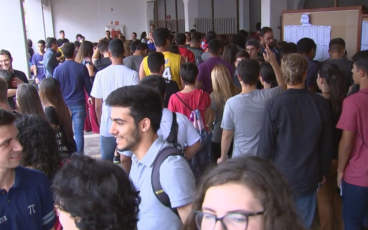 Mais de 13 mil estudantes fazem a prova do Enem em Rio Preto