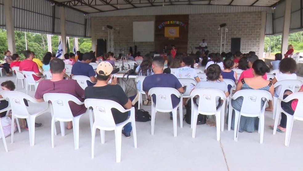 Retiro aconteceu em uma chácara a poucos quilômetros da cidade (Foto: Rede Amazônica/Reprodução)