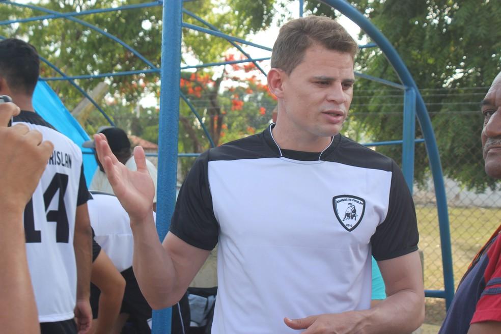 Com fim do empréstimo ao Coxa, Jonas quer se reapresentar ao Flamengo em 2018 (Foto: Josiel Martins)