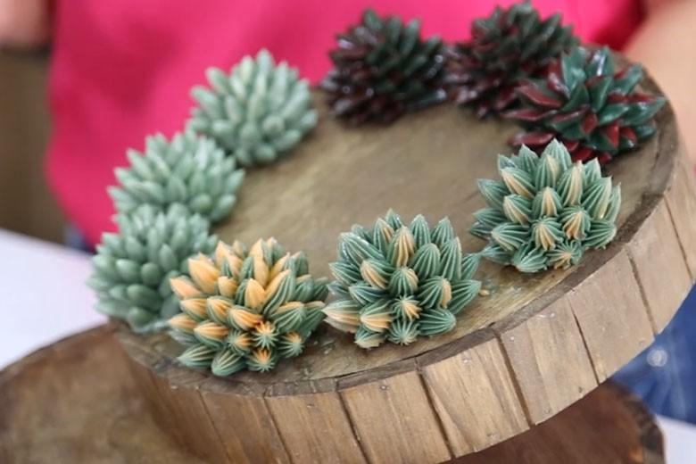 Decoração simulando plantas suculentas da Mara Cakes (Foto: Reprodução)