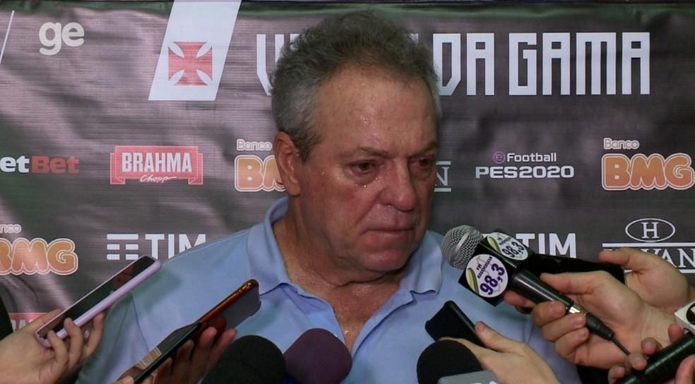 Abel não conseguiu mostrar bom trabalho no Vasco  — Foto: Pablo Silva/ge
