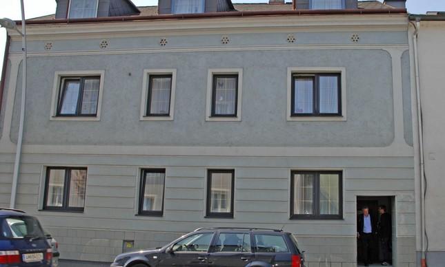 A residência aparentemente pacata da família Fritzl em Amstettel, cidade austríaca de 25 mil habitantes