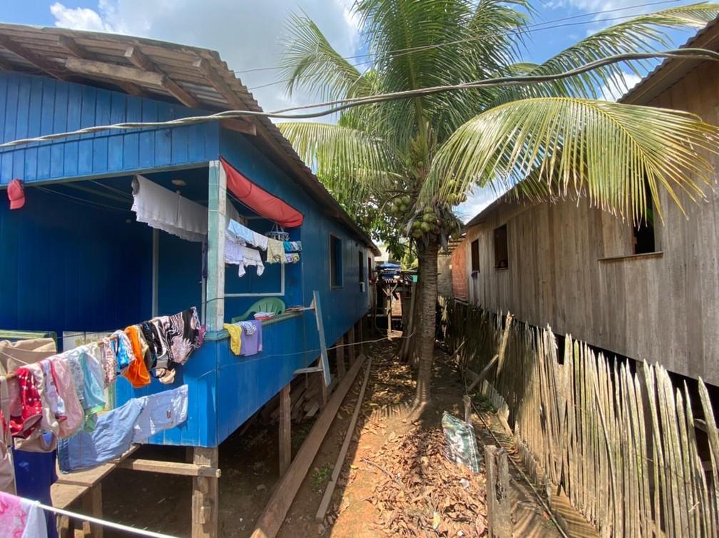 CALHA NORTE - Bairro da Várzea, em Cruzeiro do Sul.  — Foto: Mayara Subtil/Rede Amazônica