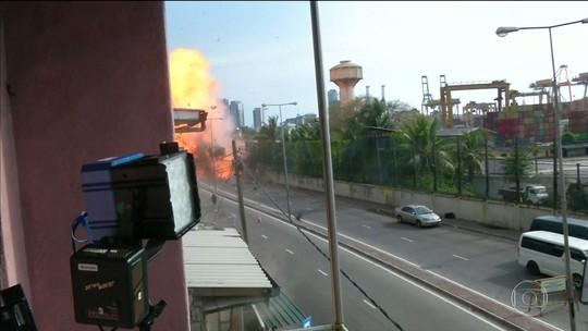 Autoridades do Sri Lanka detonam explosivos deixados por terroristas