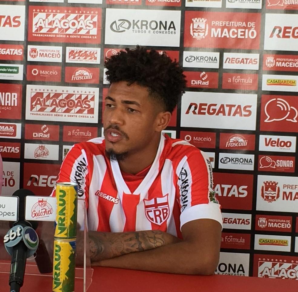 Nogueira não jogou pelo CRB — Foto: João Alvim/GloboEsporte.com
