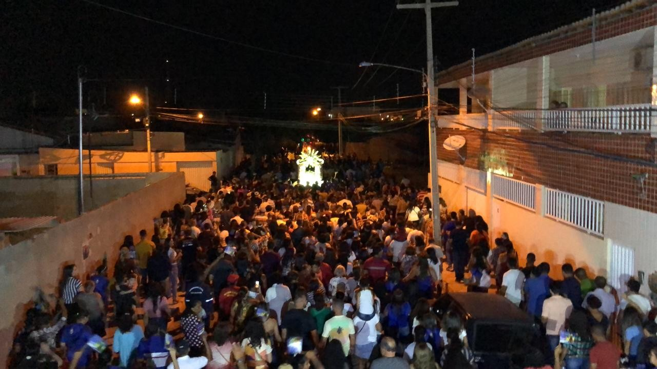 Comunidade da Vila Eduardo realiza homenagens à Nossa Senhora Aparecida - Notícias - Plantão Diário