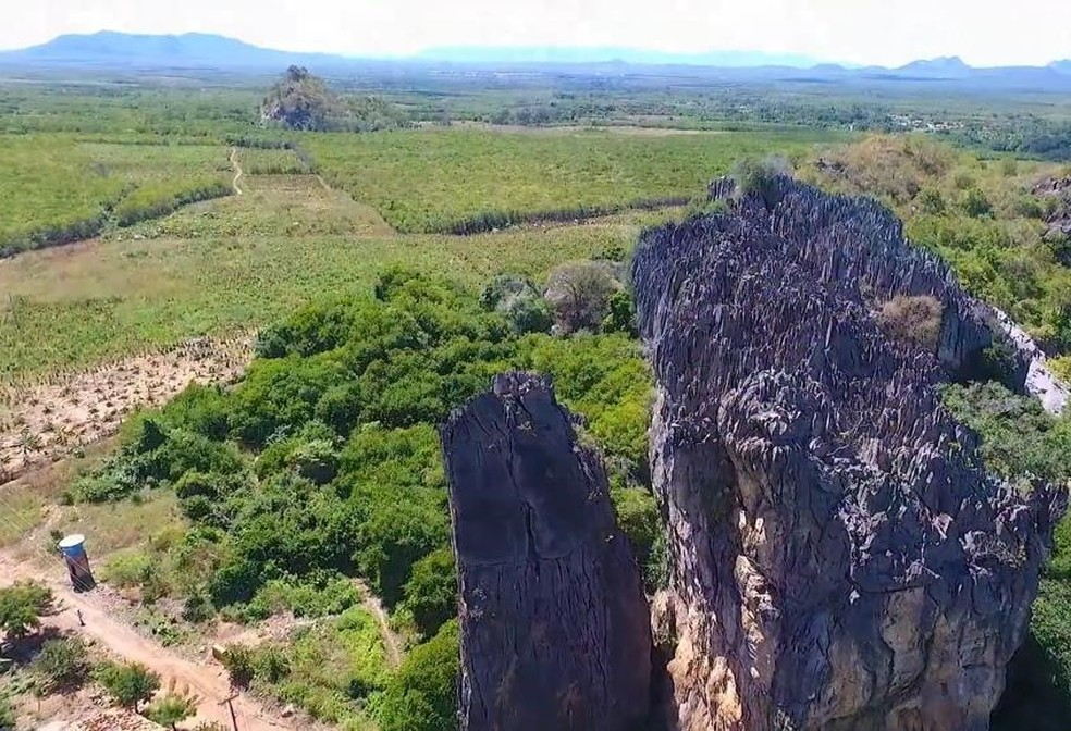 Furnas de Araticum, em Ubajara, atraem praticantes de escalada — Foto: Divulgação/Secretaria de Turismo