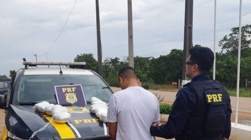 Polícia prende peruano com mais de 5 quilos de maconha em rodovia do Acre - Notícias - Plantão Diário