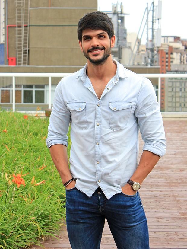 Lucas Fernandes (Foto: Gabriel Pontes/ Ed. Globo)