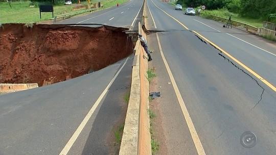 Ponte cede e rodovia tem trecho interditado em Votuporanga