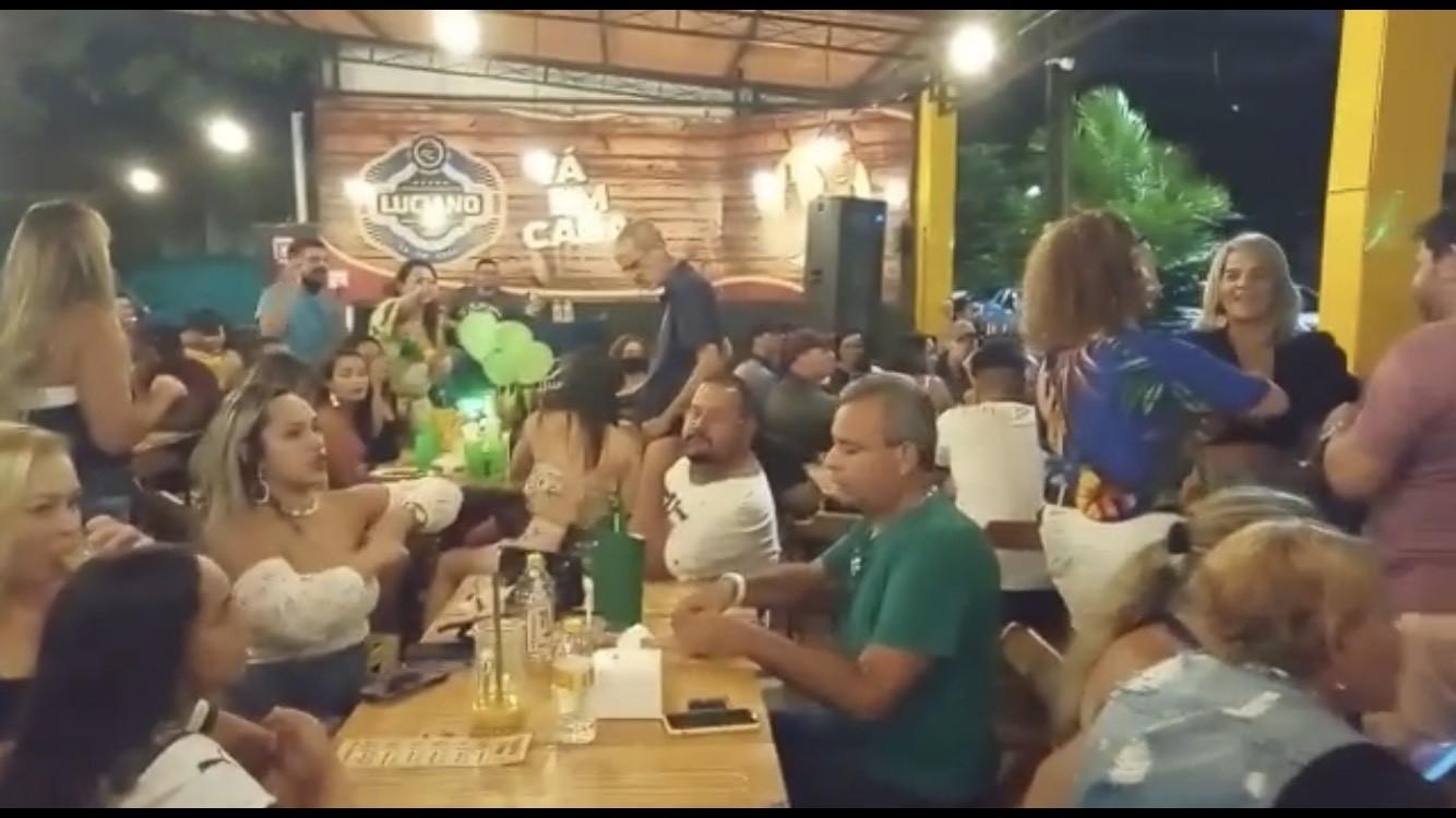 Procon interdita seis bares e restaurantes por descumprirem restrições devido à pandemia da Covid-19