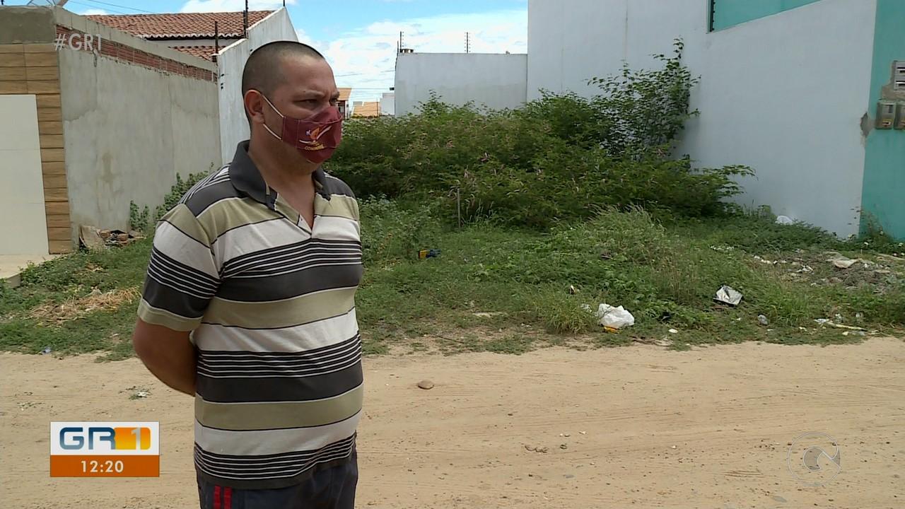 Moradores do bairro Dona Alexandrina reclamam da invasão de animais peçonhentos nas casas